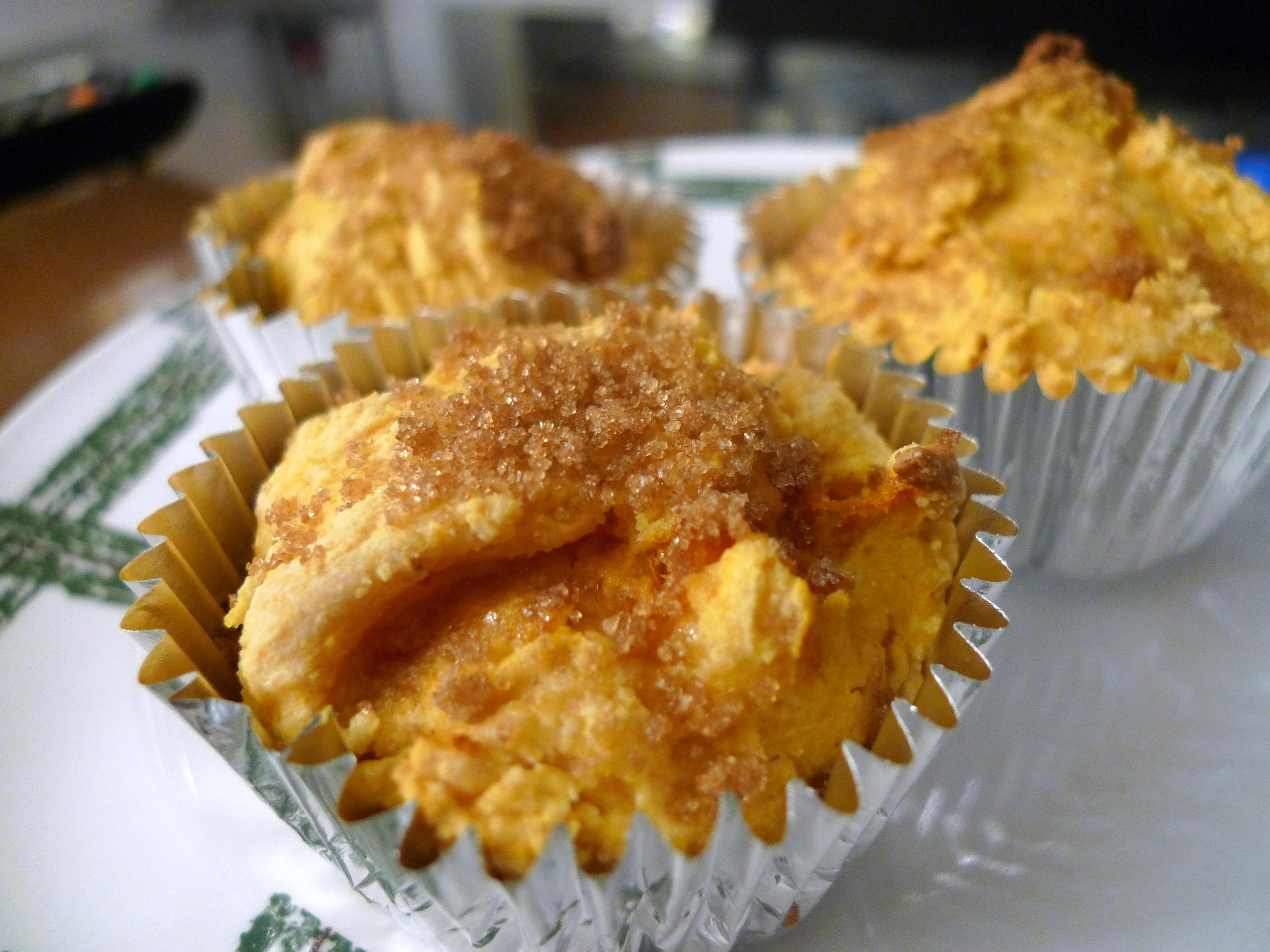 Easy Pumpkin Muffins (by CINDYCOSTA)