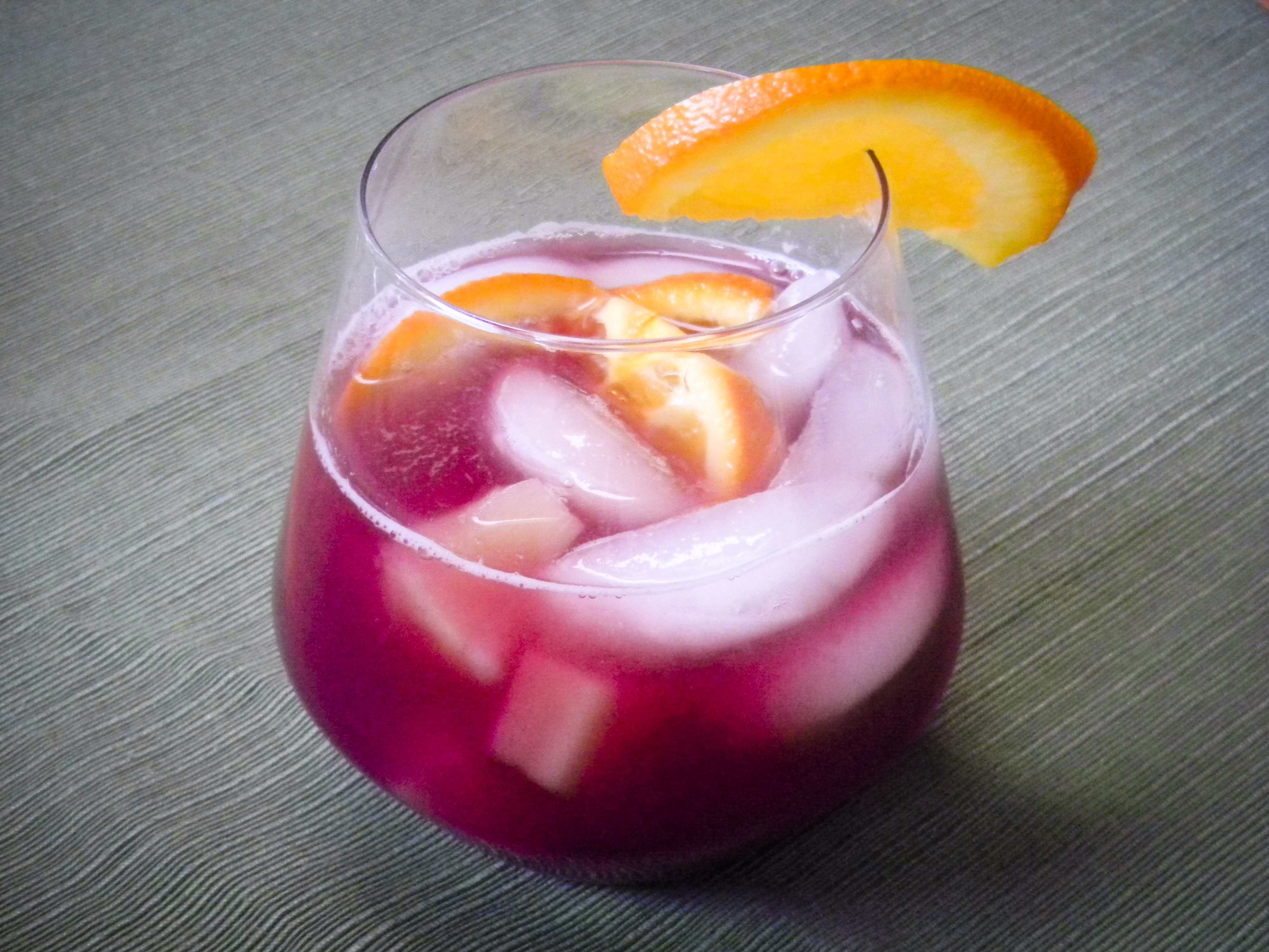 Sangria with Pineapple and Guava | food comas