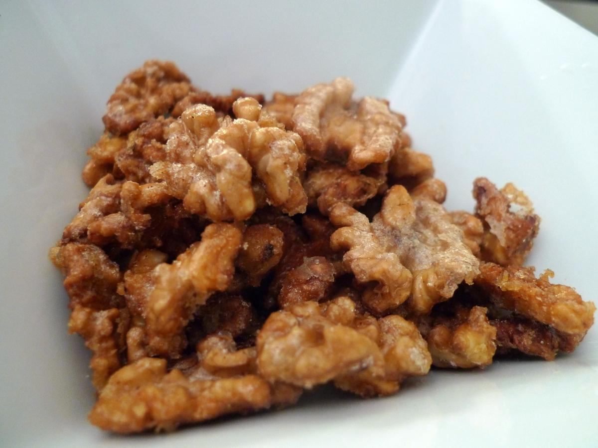 Candied Walnuts   food comas