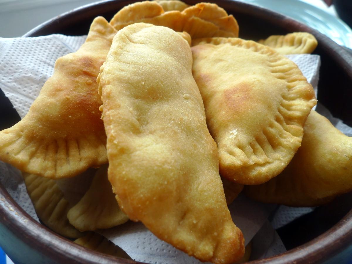 Fritas de Queso (Cheese Empanadas) | food comas
