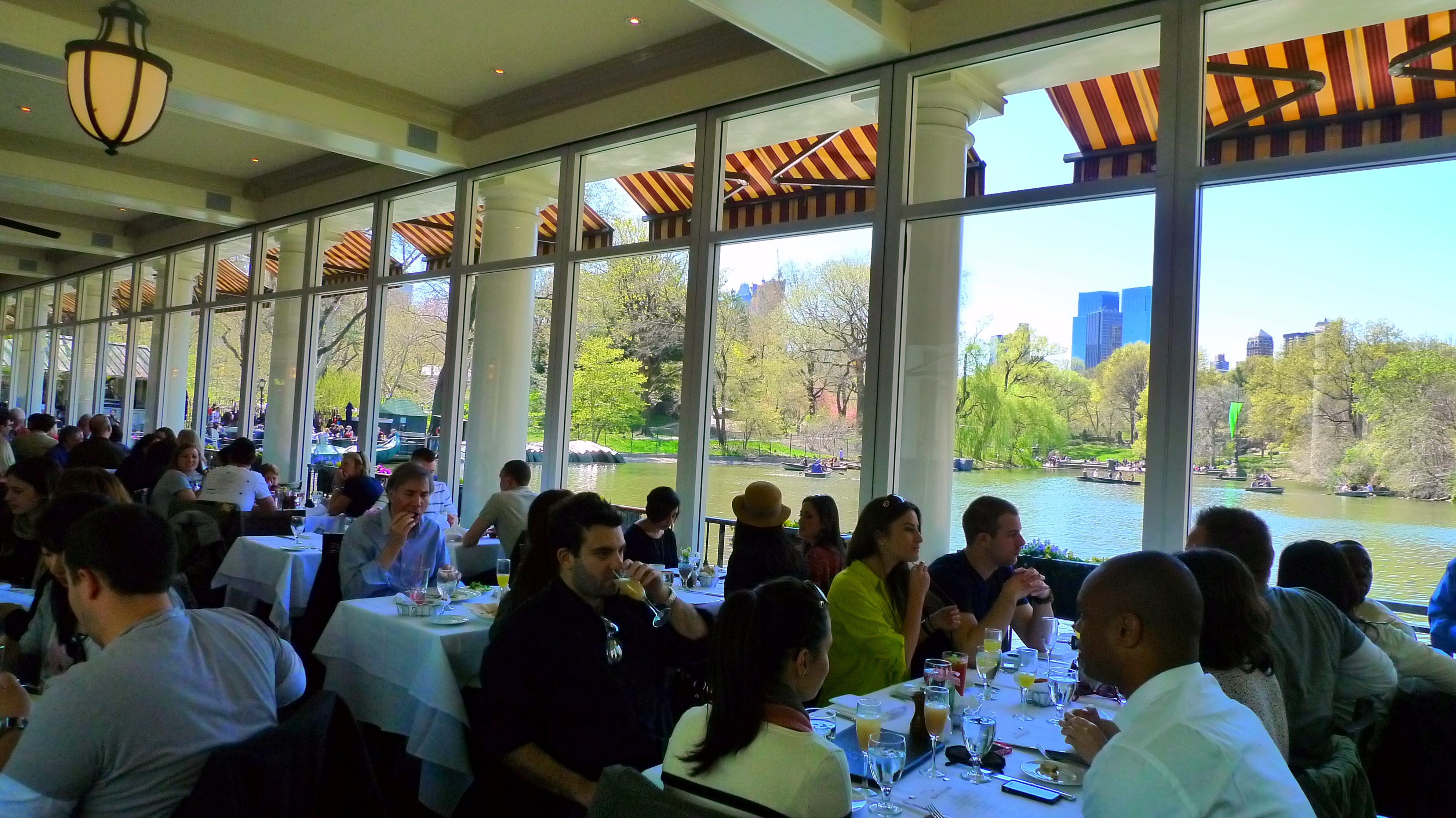 Restaurant table with food - The Central Park Boathouse Nyc Food Comas