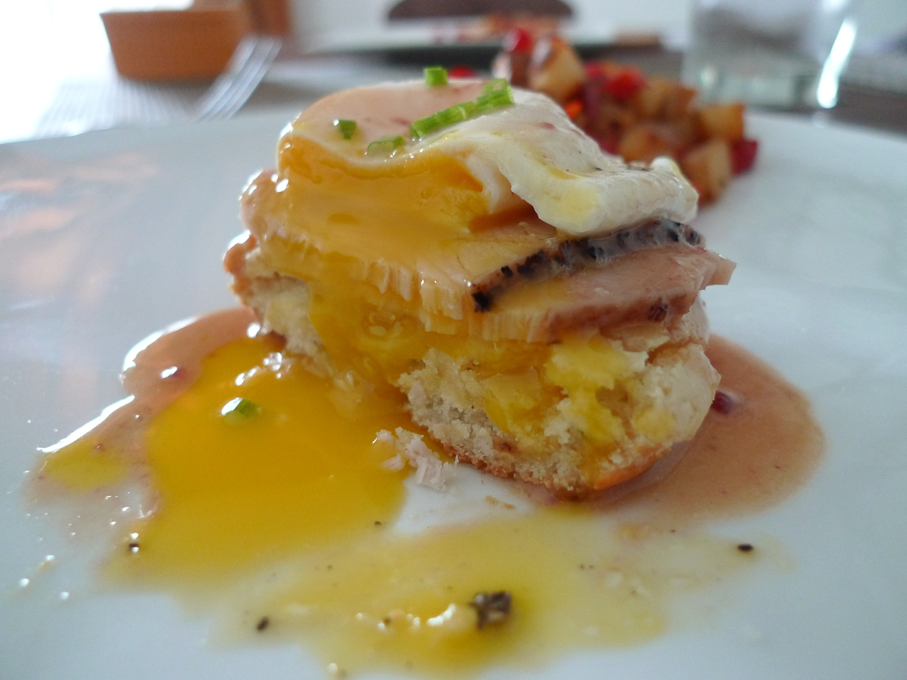 Thanksgiving Leftovers Eggs Benedict | food comas