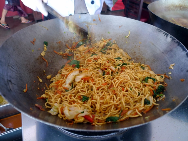 toss the noodles with the spices