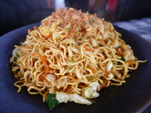 mee goreng - fried noodles