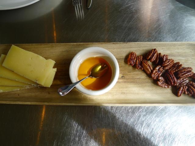 Mezzo Secco with honey and pecans